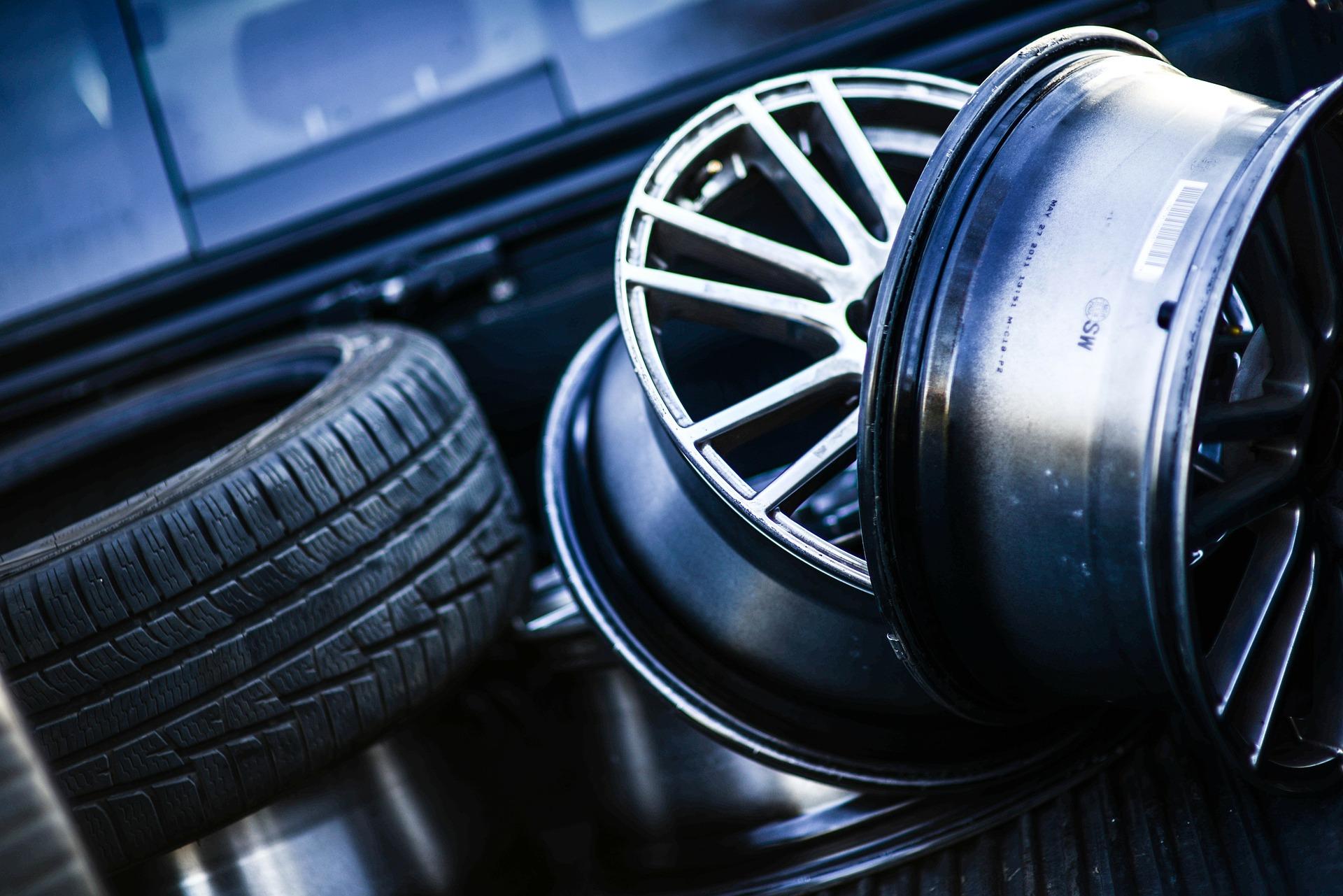 Gör din bil snygg med nya däck och fälgar